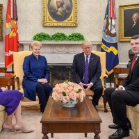 Литва — Феномен короткого поводка